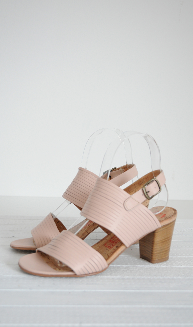 Sandale roz prafuit piele naturala