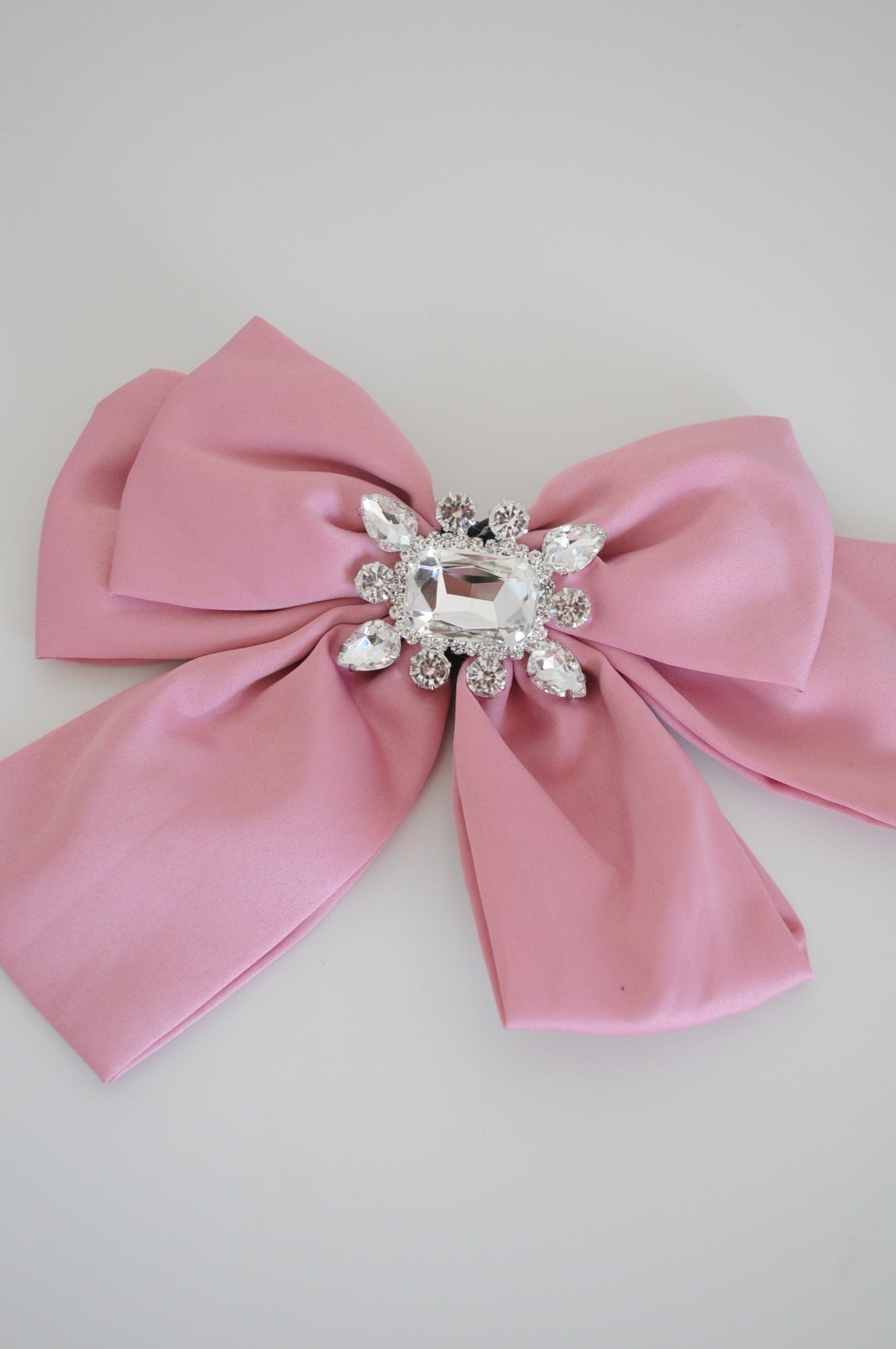 Brosa funda mare roz cu pietre argintii