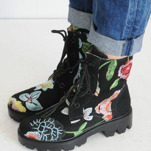 Bocanc dantele cu flori