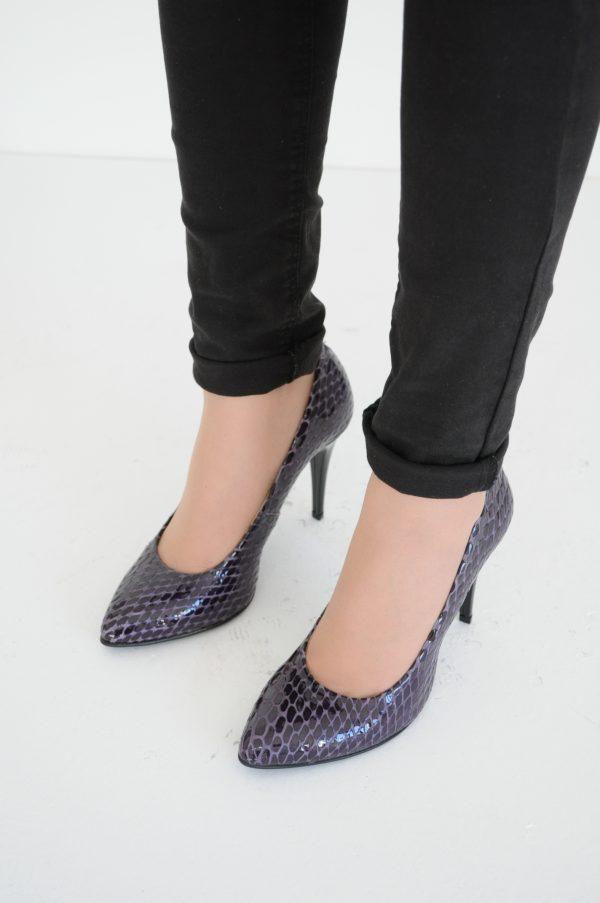 Pantofi Stiletto croco mov