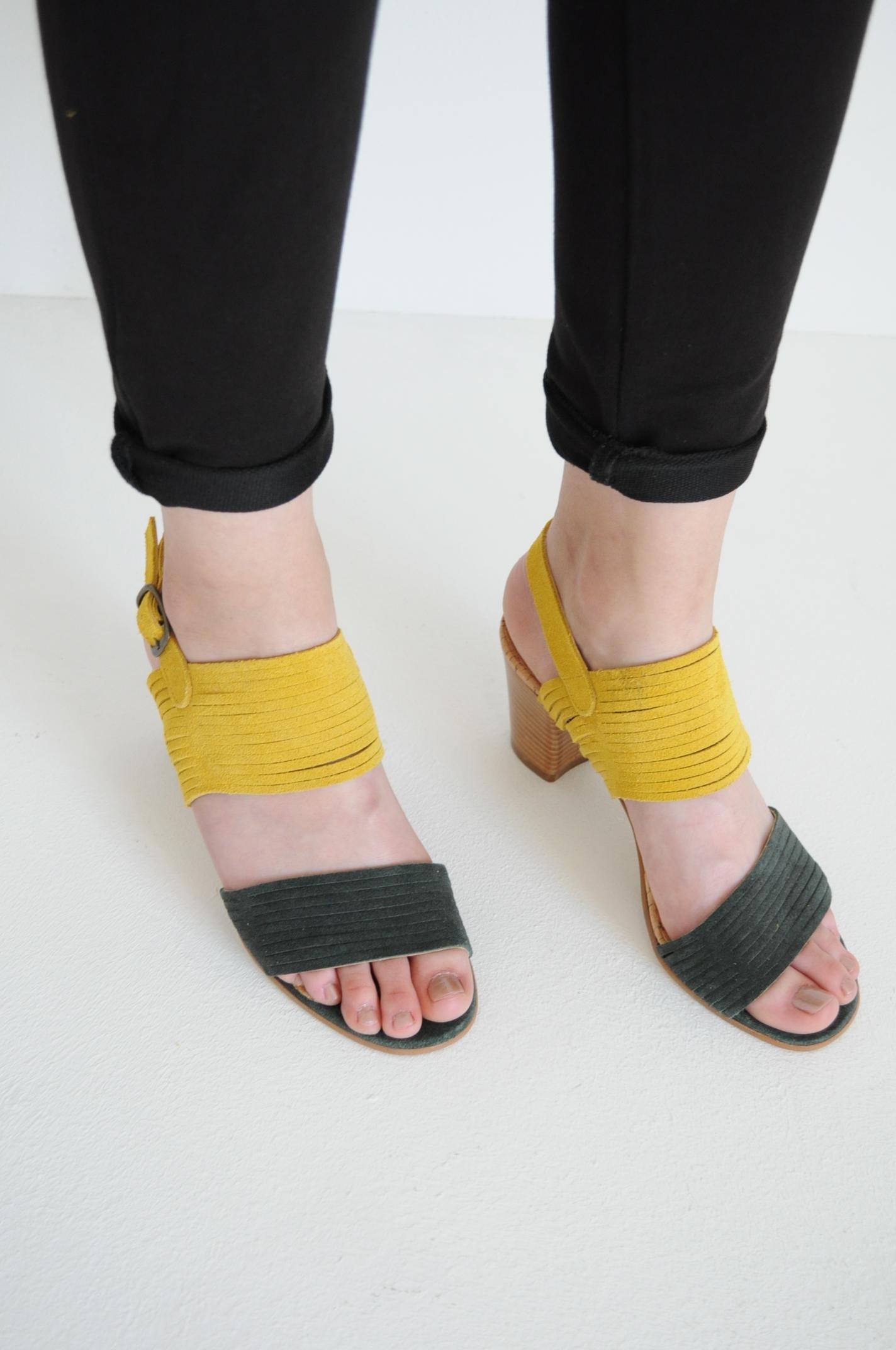 Sandale piele intoarsa in doua culoru