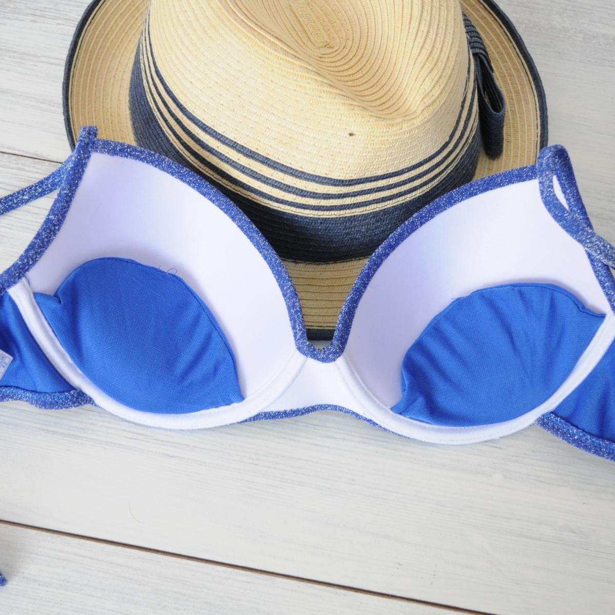 Costum de baie albastru cu sclipici