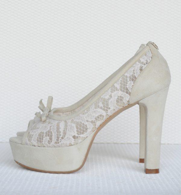 Sandale elegante cu dantela